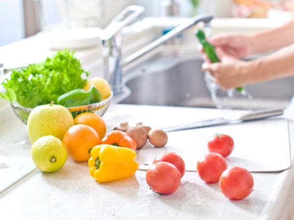 Ăn sạch, giảm cân với salad nhưng nếu cứ mắc những lỗi sau coi chừng phản tác dụng