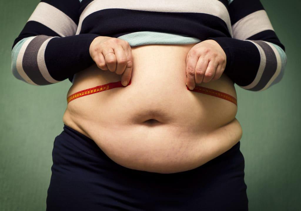 Ăn một chiếc xúc xích tăng 18% tỉ lệ mắc ung thư và đây là 5 nguy hại đối với sức khỏe khi ăn thực phẩm chế biến sẵn