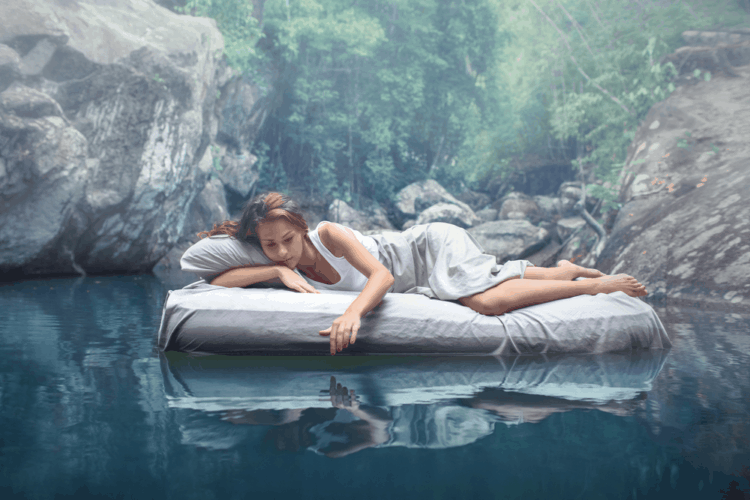 Bạn có thể kiểm soát giấc mơ để giảm stress?