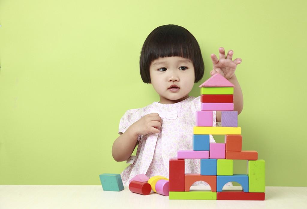 7 dấu hiệu sớm của trẻ thông minh bố mẹ có thể phát hiện trước khi con 5 tuổi
