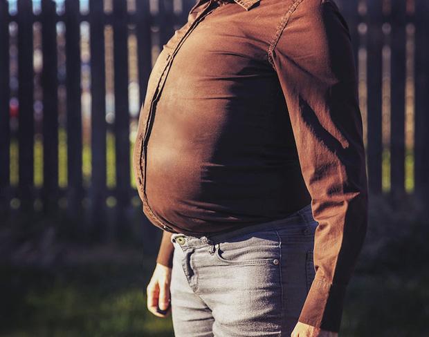 Làm thế nào để biết cơ thể nam giới đang thiếu hormone testosterone và có cách gì để tăng tiết loại hormone này?