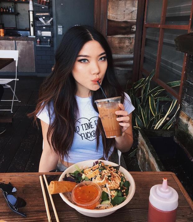 5 tips ăn uống giúp quá trình chuyển hóa thức ăn diễn ra nhanh hơn, ăn nhiều cũng chẳng lo béo mà còn giảm được cân