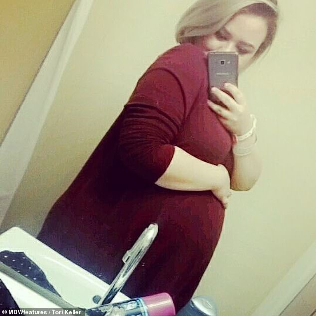 Mang thai 4, bà mẹ phải giữ 3 em bé đã mất trong bụng để đổi lấy sự an toàn cho thai nhi còn lại