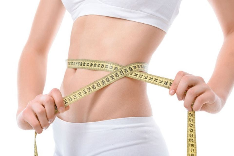 Tác hại không ngờ khi thực hiện cách giảm cân bằng quấn nilon